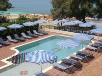 Hotels -  - Margarita Beach Hotel